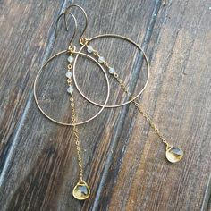 Gold Hammered Large Drop Eclipse Earrings Gold Hammered Large Drop Eclipde Earrings Gold F Ancient Jewelry, Old Jewelry, Wire Jewelry, Beaded Jewelry, Jewelery, Silver Jewelry, Jewelry Making, Silver Ring, Silver Earrings