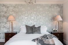 Total luxe accommodation in the country Some Beautiful Pictures, Luxury Accommodation, Event Venues, Unique Weddings, Cottage, Rustic, Country, Bed, Furniture