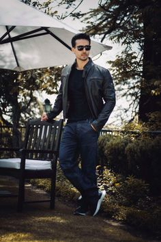 How dashing! new trending amazing Action Hero Tiger Shroff pic collection - Life is Won for Flying (wonfy) Indian Bollywood Actors, Bollywood Stars, Indian Celebrities, Bollywood Celebrities, Tiger Shroff Body, Most Handsome Actors, Indian Men Fashion, Men's Fashion, Tiger Love