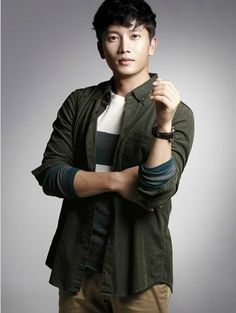 Handsome South Korean actor Ji Sung picture (71)