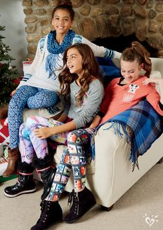 Adorable photo-print leggings perfect for lazy days with your besties.