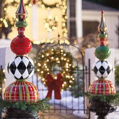 Make your holiday greeting stand apart from the rest with our regal and vibrantly decorated Harper Holiday Topiary. Christmas Topiary, Christmas Porch, Noel Christmas, Outdoor Christmas Decorations, Christmas Crafts, Christmas Bulbs, Xmas, Christmas Entryway, Christmas Movies
