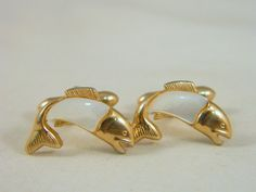 Swank Mother of Pearl Fish Cuff Links / Vintage 1960s Large Mouth Bass Cuff Links / Trophy Fish MOP Cufflinks by VintageBaublesnBits on Etsy