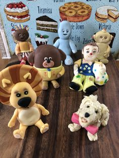 Kids tv cake toppers - June 2020 Cake Business, Cake Makers, Victoria, Kids Tv, Novelty Cakes, Homemade Cakes, Business Supplies, Gingerbread Cookies, Cake Toppers