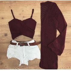 Meninas para tudo neste look !!! . . . Shorts jeans Tamanho 36 38 40 42 44 Cropd tamanho único Cardigan único . . Hoje é dia de novidades Baby ❤️❤️❤️❤️❤️! • Para maiores informações nos chame no nosso WhatsApp (11) 989682919 . . .  Enviamos p/ todo o Brasil.  Via Motoboy ou Correios. . . . #moda #modafeminina #modafashion #fashion #amamos #modaatual #vempramoda #vemverão #vem #moda #moda2018 #amamos #fashion #fashiongram
