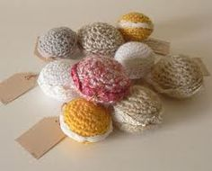 knitted macarons!