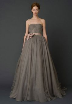 Harlow, Vera Wang Iconic Collection