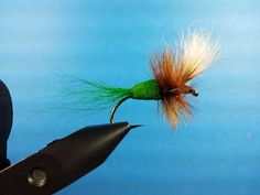 Green Machine Wulff - Mike Hemming Fly Tying