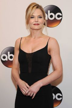 Jennifer Morrison On the #ABCupfront red carpet! - 18th May 2016