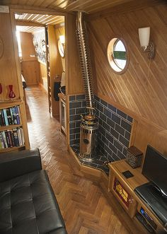 My Boats Plans - Saloon More Master Boat Builder with 31 Years of Experience Finally Releases Archive Of 518 Illustrated, Step-By-Step Boat Plans Barge Boat, Canal Barge, Canal Boat Interior, Sailboat Interior, Barge Interior, Yacht Interior, Wooden Boat Plans, Wooden Boats, Narrowboat Interiors