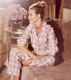@Who What Wear - We give you the most comfortable outfit for sleeping, cooking breakfast, baking cookies, watching movies…And if you like the pair on Huntington-Whitelely make sure to check out her Autograph collection for UK retailer, Marks and Spencer's. It includes everything from silk lingerie to cashmere robes and of course cozy pj's.