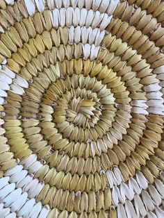 Native American Indian Basket Papago Basket Tray Yellow Yucca Star Tohono O'odham Tribe Basket Vintage Arizona Southwestern Home Decor Wall Big Basket, Basket Tray, Indian Baskets, Native American Indians, Nativity, Yellow Things, Stars, Unique Jewelry, Handmade Gifts