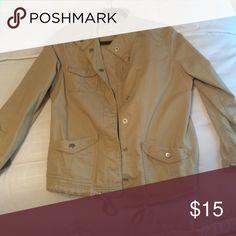 Levi utility jacket Super cute tan Levi utility jacket perfect for fall! Levi's Jackets & Coats Utility Jackets