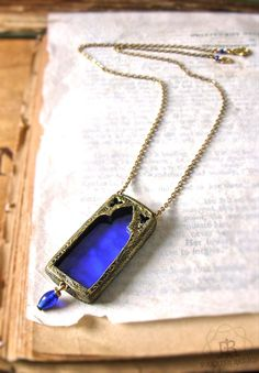 Medici Window - Stained Glass Gothic Arch Pendant