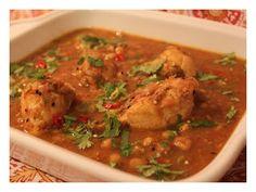 Gawal Mandi: Lahori Murgh Channay – Lahori Chickpea and Chicken Curry