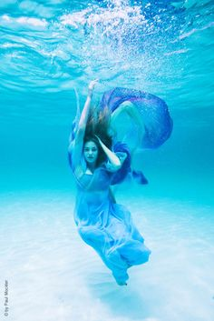 Drowning in the depths of fears and regrets. Let me drown and feel no more pain agony ashamed
