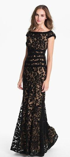 Tadashi Shoji Textured Lace Mermaid Gown available at Looks like something Lady Mary would wear. Elegant Dresses, Pretty Dresses, Formal Dresses, Bride Dresses, Long Dresses, Beautiful Gowns, Beautiful Outfits, Mermaid Gown, Lace Mermaid