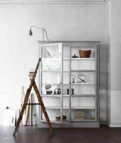 Lindebjerg Design Grey Cabinet Big - light grey color for desk?
