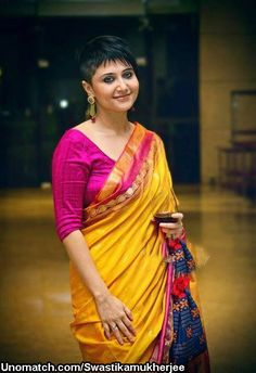 Short hairstyles for sarees for Indian women over 50 ...