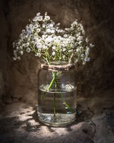 gypsophila in a jam jar for rustic table décor | Oxleaze Barn | Enchanted Floristry | South West Photography Solutions | winter flower ideas | wedding flowers | wedding inspiration | wedding planning