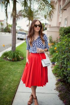14 Festive Modest of July Outfit Ideas For Women - Rock Red Pleated Skirt, Striped Midi Dress, Red Skirts, Maxi Skirts, Modest Dresses, Modest Outfits, Classy Outfits, Classy Clothes, Modest Clothing