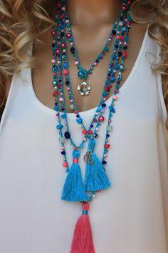 Wholesale Gypsy Tassel Necklace,Lot of 10 Crocheted Wrap Bracelet or Necklace - Bracelets - Tutorials Fabric Jewelry, Boho Jewelry, Jewelry Crafts, Beaded Jewelry, Jewelery, Handmade Jewelry, Bracelet Crochet, Bead Crochet, Bead Jewelry