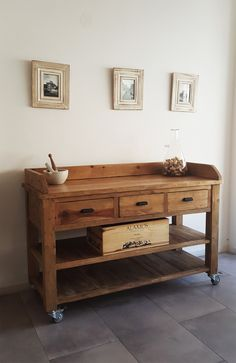 Farmhouse Furniture, Industrial Furniture, Wood Kitchen Island, Rustic Irons, Iron Furniture, Wooden Pallets, Outdoor Projects, Entryway Tables, Woodworking