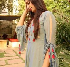 Stunning and Unique Sleeves Designs for Dresses - Kurti Blouse Neck Designs For Suits, Sleeves Designs For Dresses, Dress Neck Designs, Blouse Designs, Sleeve Designs For Kurtis, Salwar Designs, Kurta Designs Women, Kurti Designs Party Wear, Kurti Sleeves Design