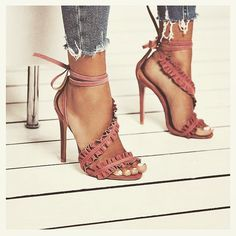 Straps Ankle Lace Up Open Toe Stiletto High Heels Sandals - Sapatos Femininos Hot Shoes, Crazy Shoes, Women's Shoes, Me Too Shoes, Shoe Boots, Dress Shoes, Dress Outfits, Sandals Outfit, Platform Shoes
