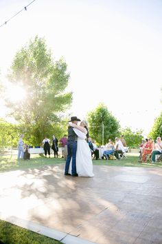 photo by: http://lizbasseystudios.com/ country wedding at Historic Oakdale Ranch