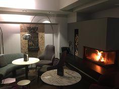 Kaminlounge @hotelinnsbruck #Kamin #Feuer #Minotti #Lounge #Bar #atmosphere #Innsbruck #Tirol #Hotel Hotel Innsbruck, Lounge, Home Decor, Fire, House, Airport Lounge, Drawing Rooms, Decoration Home