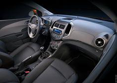 Галерея 2012 Chevrolet Sonic. 14 свежих и актуальных фотографий. Пресс-релиз, рейтинг, заметки на тему 2012 Chevrolet Sonic