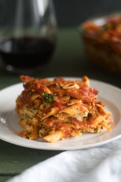 This Vegan Baked Pasta with Tofu Ricotta is perfect if you are looking for an easy, budget-friendly meal that is also delicious! Baked Pasta Recipes, Vegan Recipes, Cooking Recipes, Pasta With Walnuts, Healthy Food Habits, Healthy Eating, Roasted Vegetable Pasta, Tofu Ricotta, Vegan Baking
