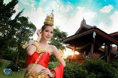 Som.....Cheng ^^ - N' Ning in Thai Traditional Dress @ Baan Thai