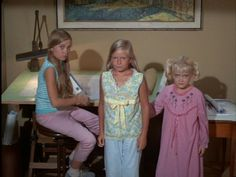 brady bunch house Father_of_the_Year. Brady Bunch Father_of_the_Year. Brady Love, Marsha Brady, The Brady Bunch, Movies Showing, Movies And Tv Shows, Eve Plumb, Road To Avonlea, Vintage Television, Three Daughters