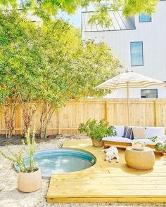 Ooooo digging this stock tank pool being buried in the ground and the deck around it! kudos to Stock Pools, Stock Tank Pool, Small Backyard Patio, Backyard Patio Designs, Backyard Landscaping, Landscaping Ideas, Backyard Plan, Seiten Yards, Home Renovation