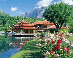 Shangrilla Resort
