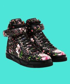 23 super sneaks that take your look to the next level!