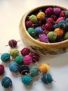 Copper wire felt balls. (via Pinterest)