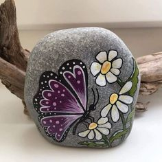 "457 Likes, 7 Comments - Rock Street (@rockstreet_collective) on Instagram: ""Such a wonderful painted rock by Lidia @steinmalerei ! We had the great joy of having it shared in…"""