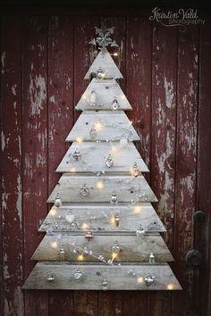 Beautiful Pallet Christmas Tree
