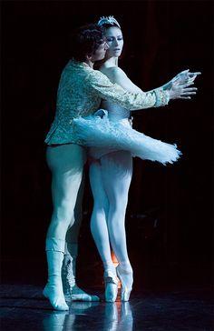 Sofiane Sylve and Pierre-François Vilanoba from San Francisco Ballet. Australian Ballet Gala. Photography Lynette Wills.