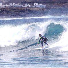 Nuestro alumno @callumoswald disfrutando de las olas en #Lanzarote con la escuela #oficial de @lasantasurf @lasantaprocenter con nuestro #instructor @monchilasanta . http://ift.tt/SaUF9M #surf #day #surflessons #surfschool #surfschoollanzarote #lanzarotesurfschool #Lanzarote #Famara #lasanta #surfing #clasesdesurf #escueladesurf #islascanarias #canaryislands #lasantasurfprocenter #lasantaprocenter #lasantasurf #surfcanarias #surfcamp #surfhous #surfholiday #fcs @fedcansurf