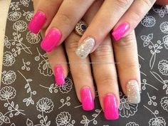 A+tulip+nails+with+pink+gel+and+glitter+gel