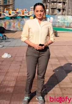 Ansha Sayed TV actress Photographs INDIAN ART PAINTINGS PHOTO GALLERY  | I.PINIMG.COM  #EDUCRATSWEB 2020-07-29 i.pinimg.com https://i.pinimg.com/236x/a6/28/b1/a628b194aae93f7a8fd07f56d96db65d.jpg