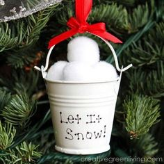 DIY Christmas Ornament Tutorials & Ideas Dollar Store Snow Ball Christmas Ornament: Turn seemingly inexpensive supplies from the dollar store into this beautiful and easy Christmas ornament. Easy Christmas Ornaments, Dollar Store Christmas, Noel Christmas, Dollar Store Crafts, Simple Christmas, Homemade Christmas Tree Decorations, Snow Decorations, Christmas 2019, Frugal Christmas