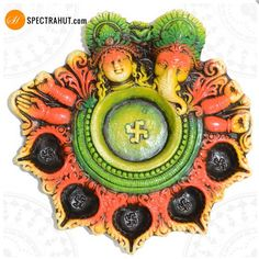 Spectrahut presents an exciting, designer, unique Diya which is very elegantly designed. This traditional handmade terracotta diya is perfect Decor item and ideal gift for Diwali. Let your world be illuminated by our vivacious collection of diyas.