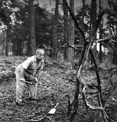 Sofu Teshigahara, c. 1960 |¤ Robert Doisneau | ader.auction.fr