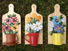 Trabalhos em Mosaico: Mosaico de Flores com Louça