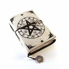 Wicca / Grimoire Leather Journal Notebook Diary by Kreativlink on Etsy Wiccan, Magick, Witchcraft, Magia Elemental, Handmade Books, Handmade Notebook, Leather Journal, Book Binding, Book Of Shadows